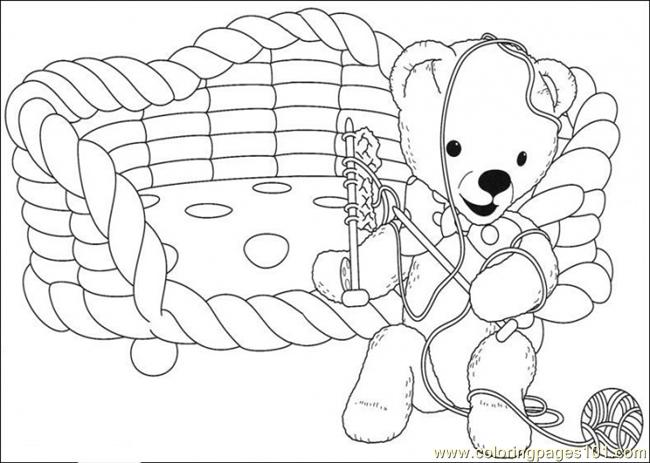 The Bear Is Playing With The Wool Coloring Page