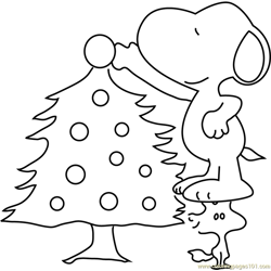 Snoopy Decorating Christmas Tree Free Coloring Page for Kids